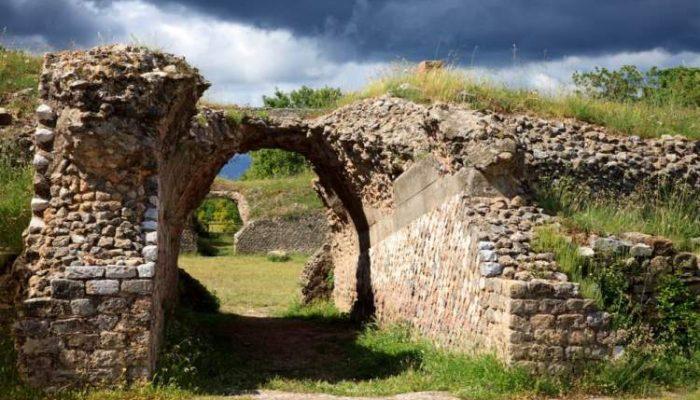 Scavi di Roselle vicino al Maremma Toscana Agriturismo il Bagnolo
